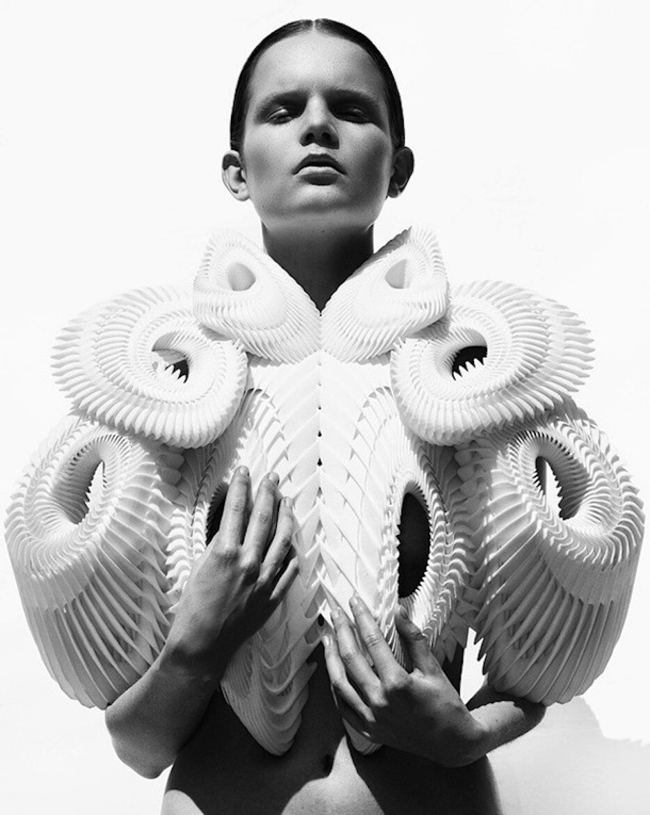 Mintsquare_Journal_Fashion_Iris Van Herpen Haute Couture