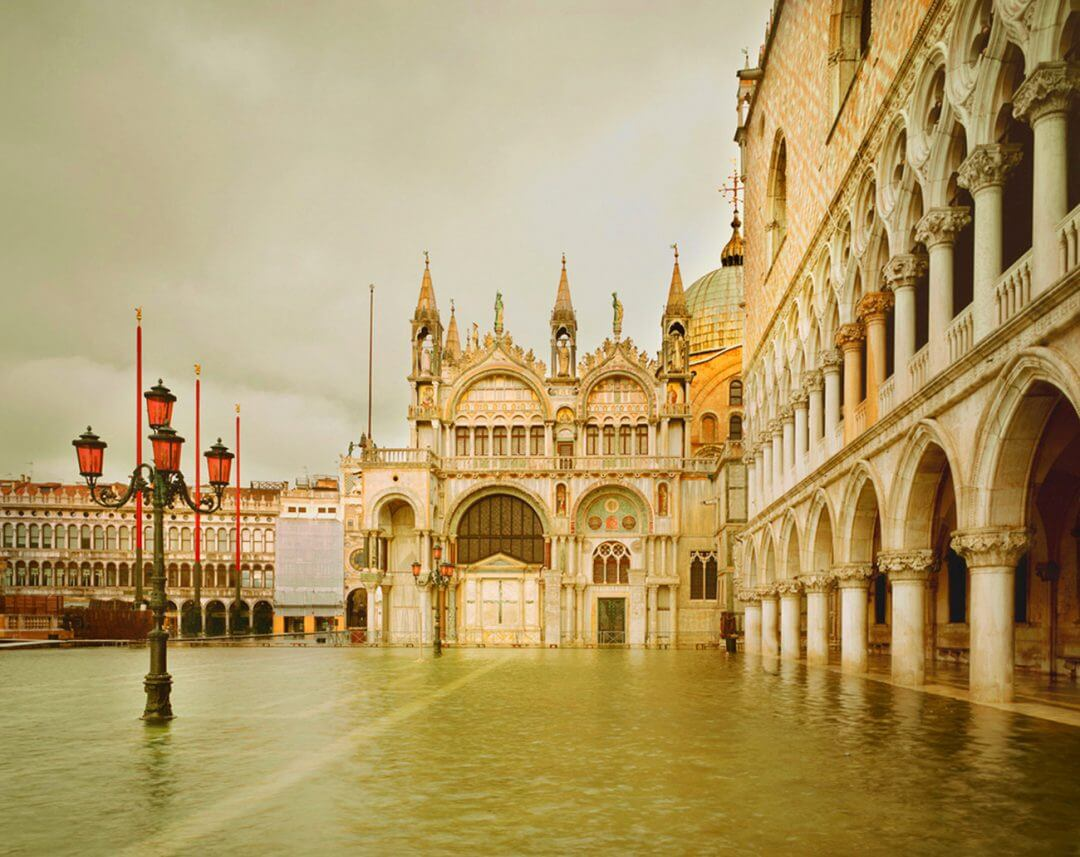 Mintsquare_selected_DB_Acqua-Alta-Piazza-San-Marco-Venice-Italybig