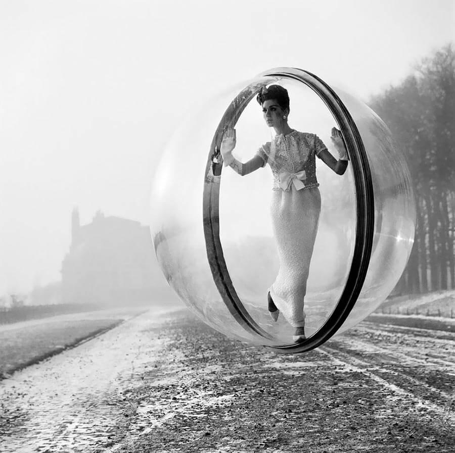Mintsquare_selected_melvin_sokolsky_bubble