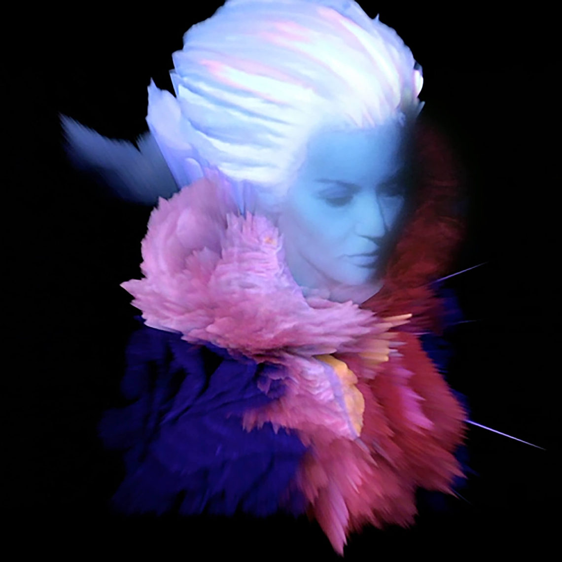 Mintsquare_It-Takes-Two-to-Make-the-Fashion-World-Go-Round_Nick-Knight-and-Daphne-Guinness_Visions-Couture_Junya-Watanabe-SHOWstudio-2011_digital-film