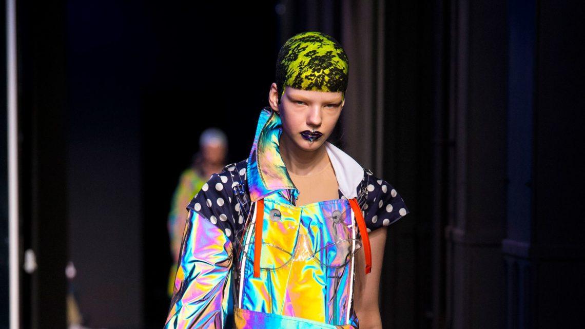 Mintsquare_Holographic Voyage in Fashion_Maison Margiela_couture_SS2018