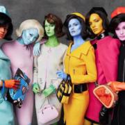 Mintsquare_link_Moschino_Iconic Aliens