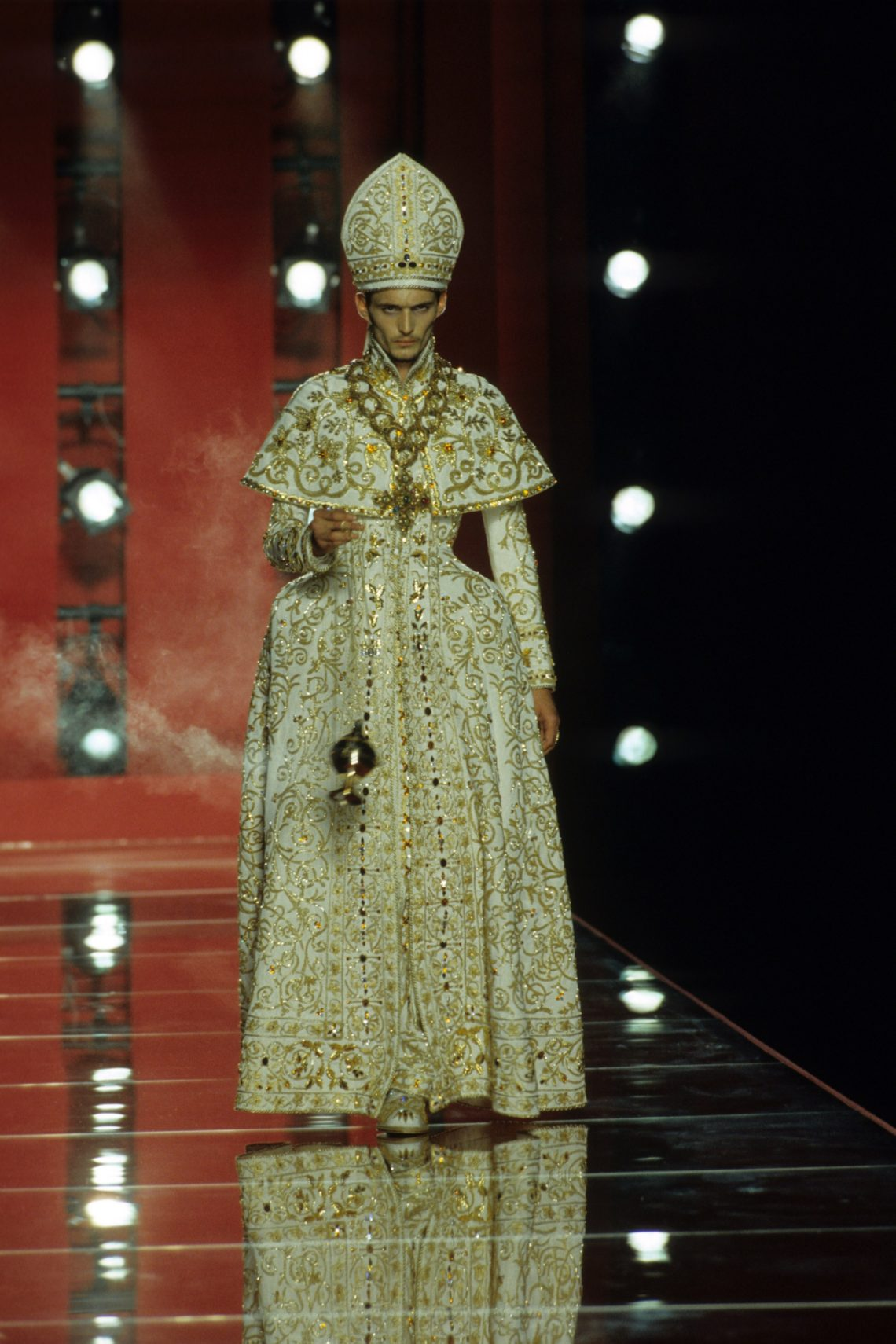 Unveiling Intriguing Conversation_Fashion & Religion at Met Costume Institute_John Galliano for Christian Dior