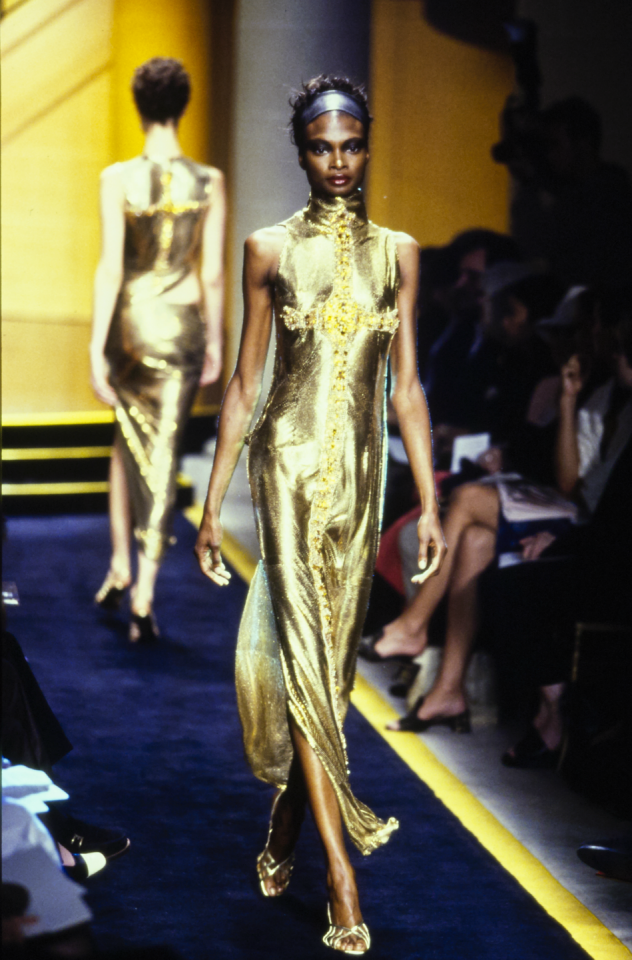 Unveiling-Intriguing-Conversation_Fashion-Religion-at-Met-Costume-Institute_Versace_Molten-gold-dress-embroidered-with-a-Byzantine-cross_3