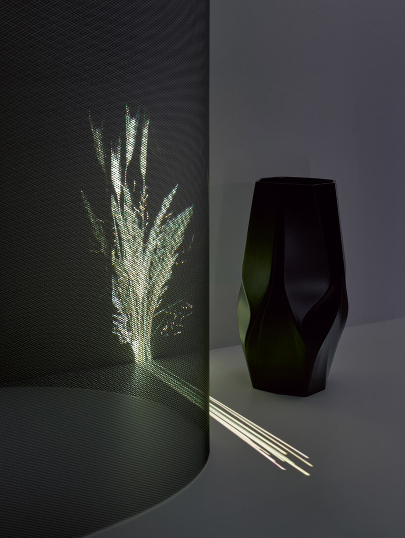 Mintsquare_selected_zaha-hadid-design-rosenthal-vases-bowls