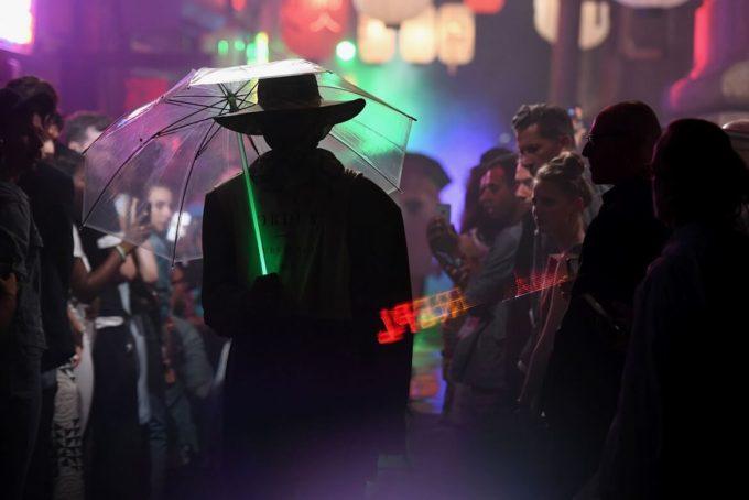 Mintsquare_Cyberpunk_A-Passé-Concept-That-Awakes-the-Future-of-Fashion_Raf-Simons_SS18